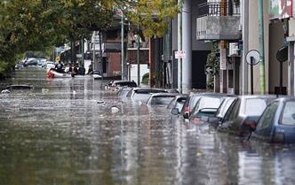 Hacen llamado a la oración por inundaciones en Argentina