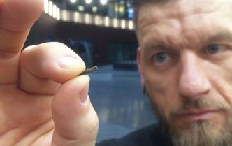 Compañía de Wisconsin implanta microchips a sus empleados